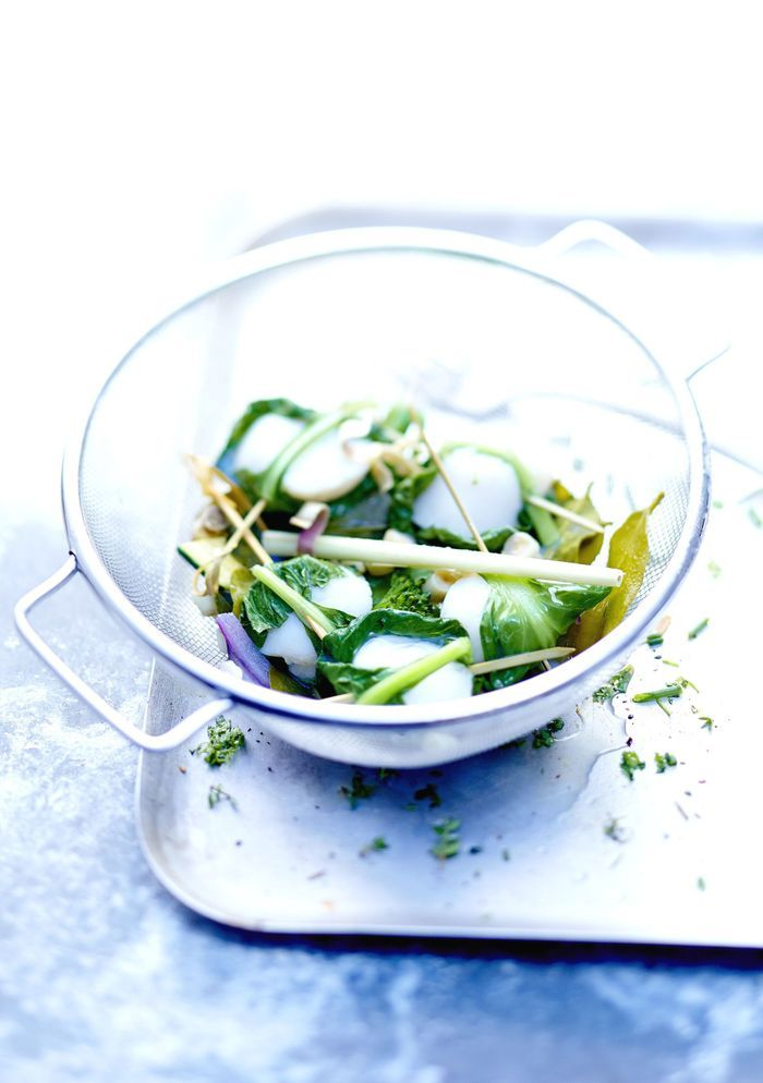 Noix de Saint-Jacques et légumes vapeur