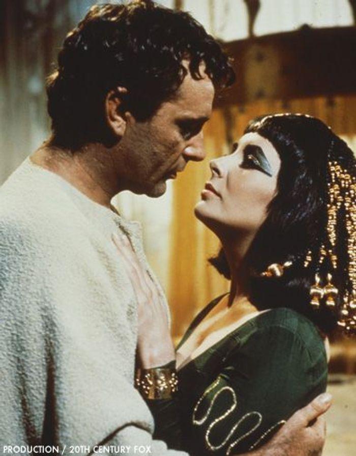Elizabeth Taylor et Richard Burton dans « Cléopatre »