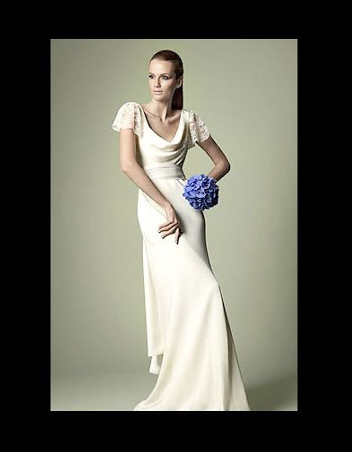 robe de mari e the vintage wedding dress company 100 robes de mari e pas comme les autres elle. Black Bedroom Furniture Sets. Home Design Ideas