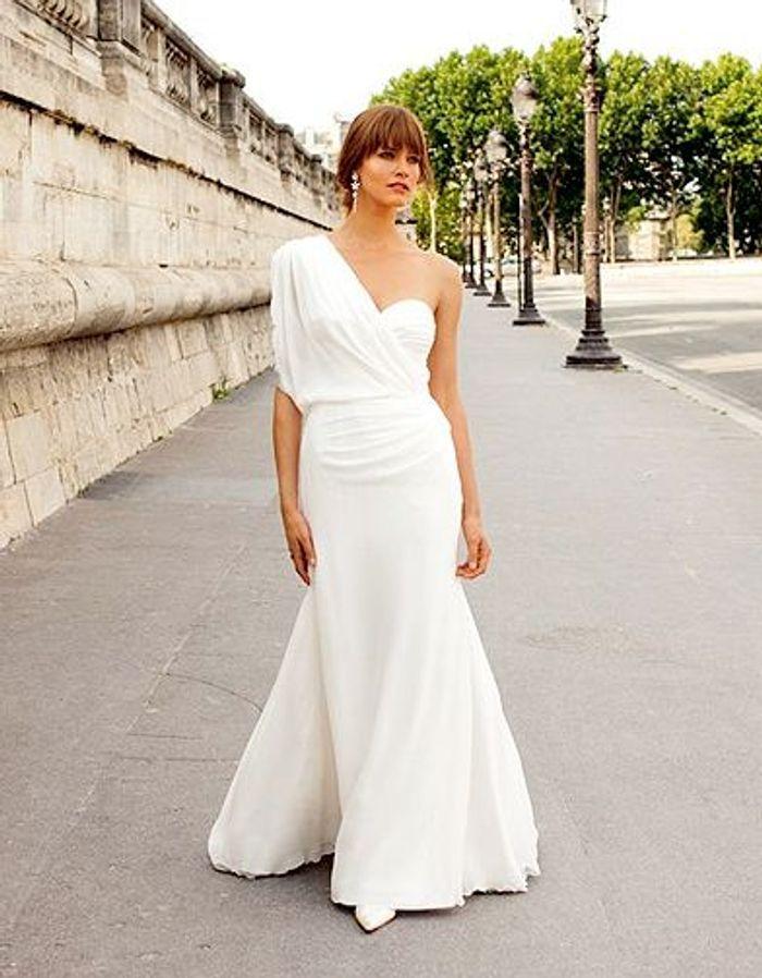 mode tendance shopping mariage robe mariee ebru robe de mariage elle. Black Bedroom Furniture Sets. Home Design Ideas