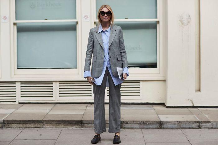 Un tailleur + une chemise d'homme