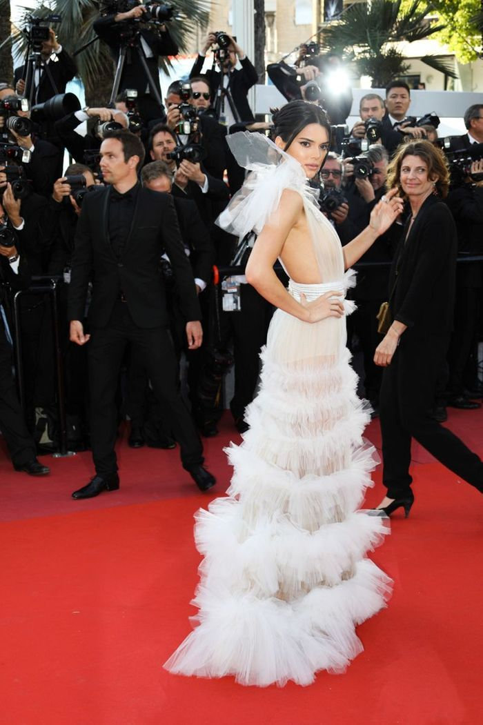 La robe angélique de Kendall Jenner