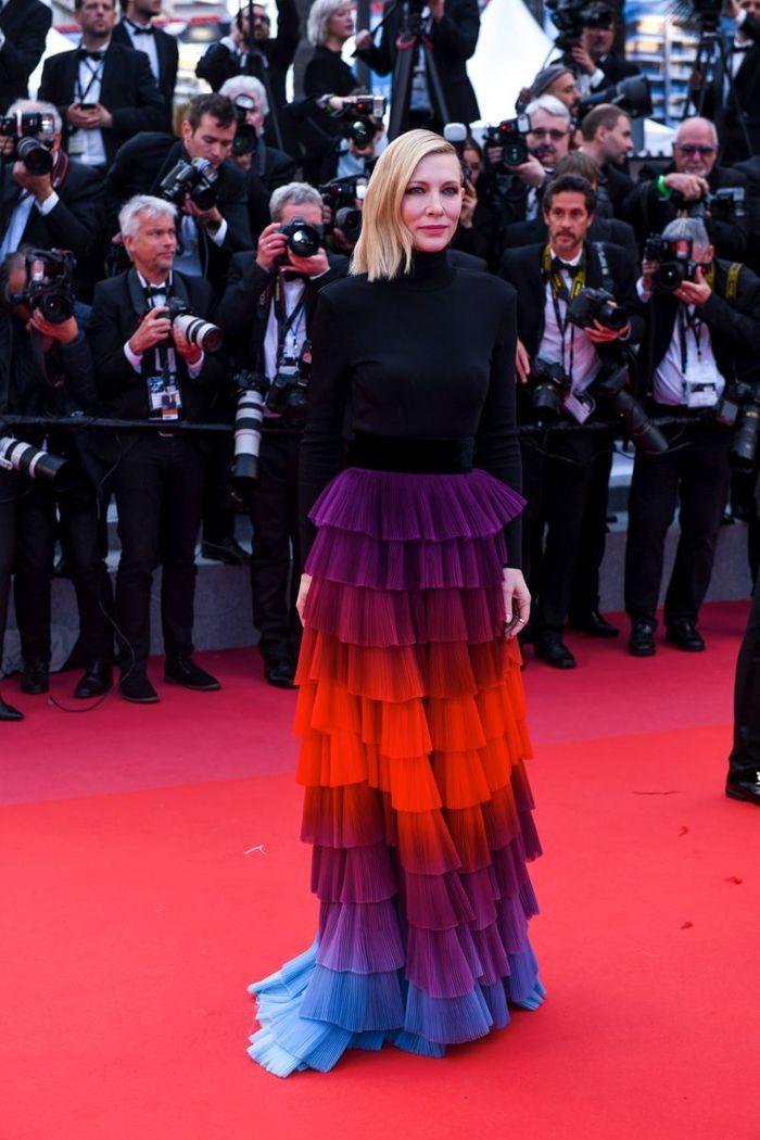 La robe contrastée de Cate Blanchett