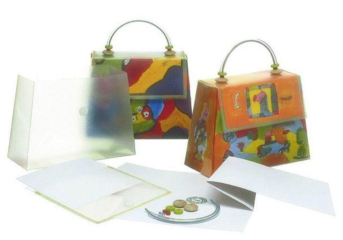 sac main autrement jouet 25 cadeaux originaux pour les enfants elle. Black Bedroom Furniture Sets. Home Design Ideas