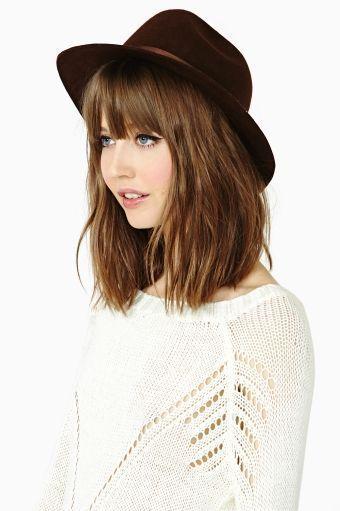 Carru00e9 avec chapeau - Coupe au carru00e9  les plus jolis modu00e8les u00e0 adopter - Elle