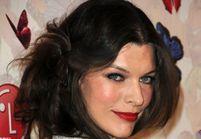 Coiffure : Milla Jovovich ose le flou artistique