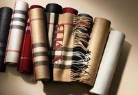 L'instant mode : le bar à écharpes de Burberry