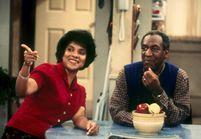 Bill Cosby: sa partenaire à l'écran prend sa défense