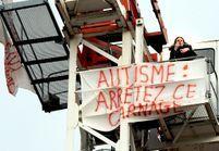 Autisme : désespérée, une mère en haut d'une grue à Toulouse