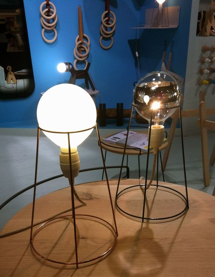 La lampe Agraffé de Eno Studio